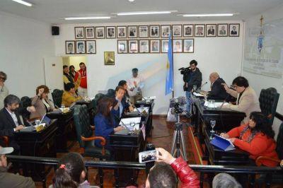 Contrataciones polémicas en el Concejo Deliberante Río Grande generan tensión entre los ediles