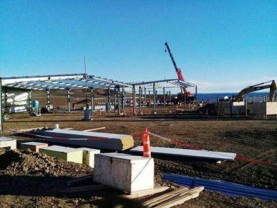 Represas: Aranguren fijó septiembre como fecha de reinicio de obra
