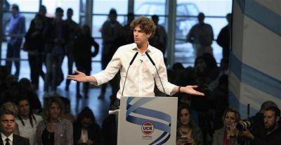 Lousteau lanzó su candidatura con críticas a Cambiemos