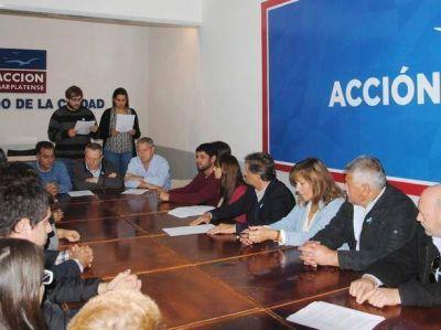 """Acción Marplatense y distintos sectores firmaron """"Primero está Mar del Plata"""""""