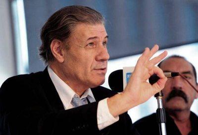 """Víctor Hugo Morales, Leopoldo Moreau y Saintout disertarán en La Plata sobre """"Democracia o corporaciones"""