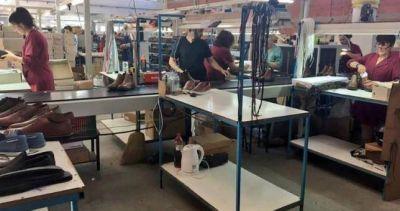 Crisis: retiros voluntarios y reducción de salarios en fábrica de calzado