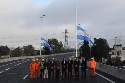 Macri inauguró un carril del Puente La Noria: