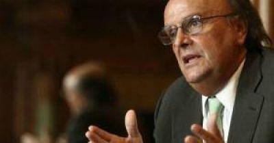 De Mendiguren cruzó a Michetti por sus criticas al proyecto para bajar el IVA