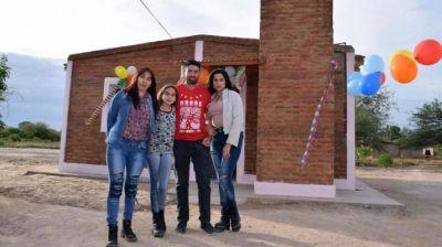 Inauguraron viviendas en el El Hoyón, departamento Atamisqui