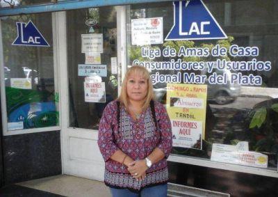 Tarifazo: Liga de Amas de Casa entrega lámparas de bajo consumo