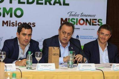 El Consejo Federal de Turismo sesionó en Iguazú con representantes de todo el país