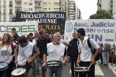 Sin acuerdo salarial, los judiciales bonarenses podrían definir nuevo paro