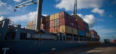 Intensifican gestiones para que empresas exporten a través del Puerto local