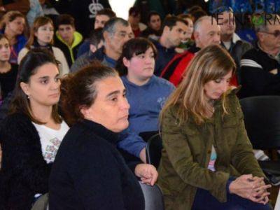 Vecinos y trabajadores piden levantar el paro ante el fantasma del cierre de Ingredion