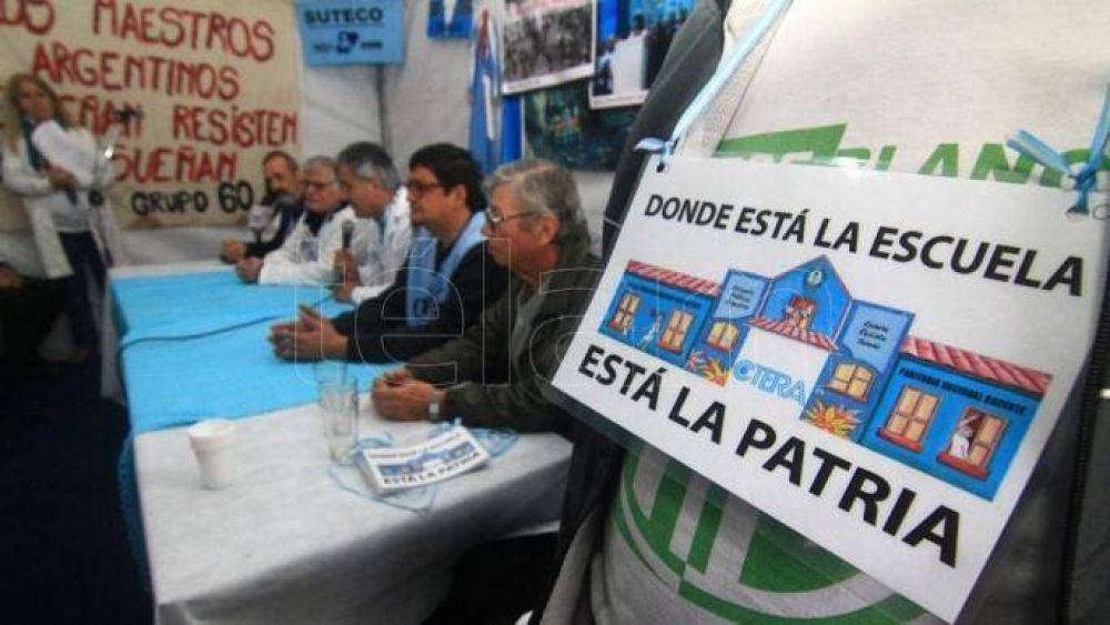 La escuela itinerante de la Ctera se instaló en Corrientes