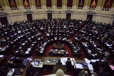 Aprueban la ley que quita la patria potestad a los condenados por femicidio