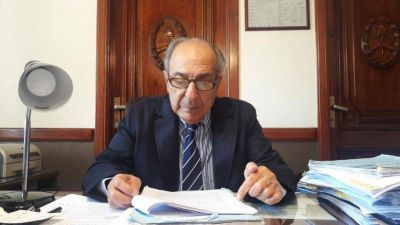 """""""Mi actuación es legal y legítima"""", dice Gandur"""
