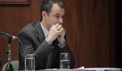 """""""El Plan Castello se puede terminar pagando de la peor manera o un juez extranjero puede ejecutar la deuda"""""""
