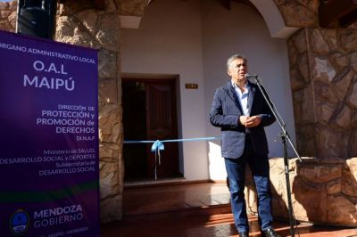 Por primera vez en el año, Cornejo visitó Maipú para un evento oficial