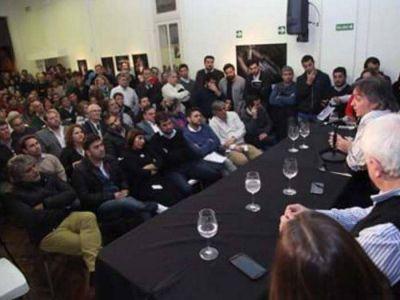 Concejales K visitaron el Instituto Patria y respaldaron a CFK