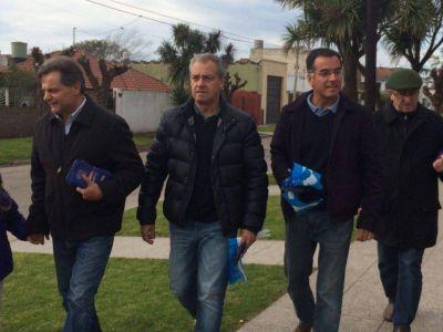 Referentes de Acción Marplatense recorrieron diferentes barrios de la ciudad