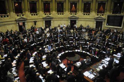 Cambiemos, el que más arriesga en Diputados y el FpV, en el Senado
