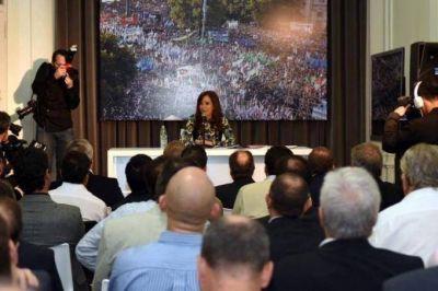 Otro día de cumbres y clamores para Cristina Kirchner y el peronismo bonaerense