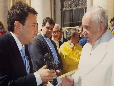 La gran estafa: Nicolás Quarenta, concejal de PRO, engañó hasta al Papa Francisco y estalló la furia
