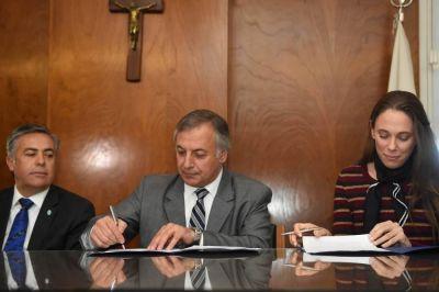 Cornejo echará de la policía a otros tres comisarios