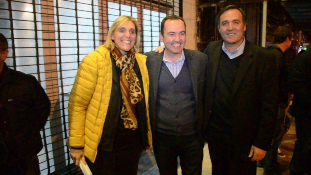 """La encrucijada de Vilma, Arroyo """"recalculando"""" y periodistas que brindan"""