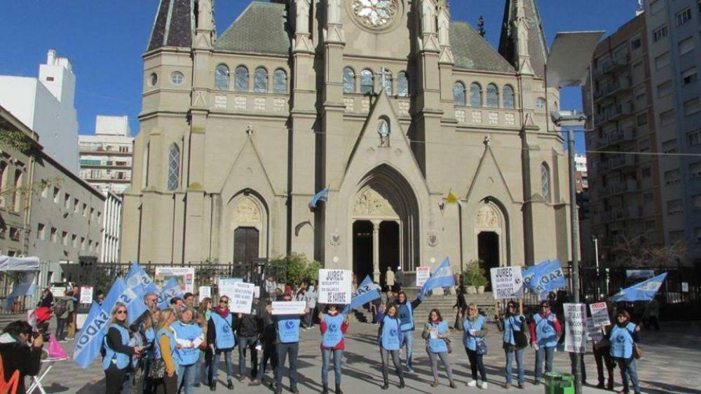 [#DignidadDocente] SADOP reclamó frente al obispado