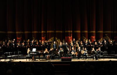 El Teatro Colón, escenario de un emotivo espectáculo por la convivencia interreligiosa
