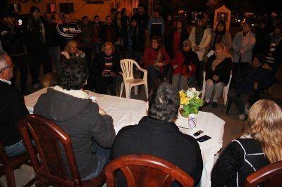 Funcionarios de la comuna de Capital se reunieron con vecinos del Jerarquizados municipales