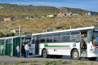 """El subsidio al transporte """"es un curro"""", afirmó Das Neves"""