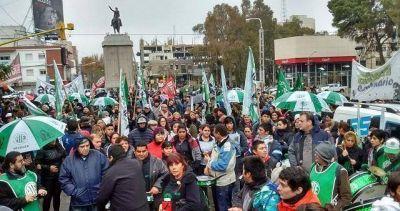 Una marcha contra Quiroga y Gutiérrez tras la violencia