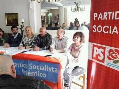 La izquierda democrática se unió para ser una alternativa en las legislativas