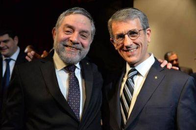 """Agustín Zbar asumió la presidencia de la AMIA: """"La institución está fuerte y unida"""""""