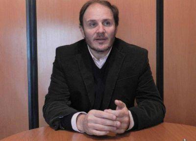 """El diputado Santiago propone crear oficinas de """"violencia laboral"""" en toda la Provincia"""