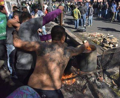 El paro del transporte en Córdoba lleva ocho días y puso la ciudad de rodillas