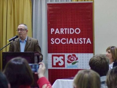 Francisco Morea convocó a profesionales universitarios por una Mar del Plata de Pie
