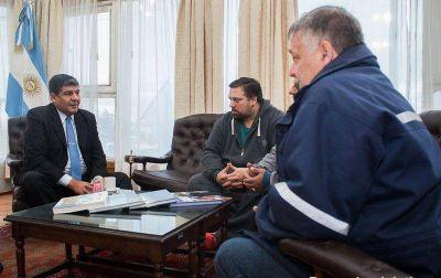 Arcando se reunió con representantes del sindicato de Obras Sanitarias
