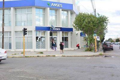 """Fracasó la paritaria de la ANSeS y los gremios preparan un """"gran"""" paro nacional"""