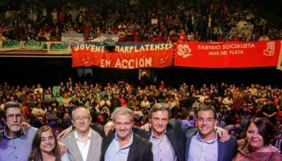Acción Marplatense lanzó su campaña ante un teatro repleto
