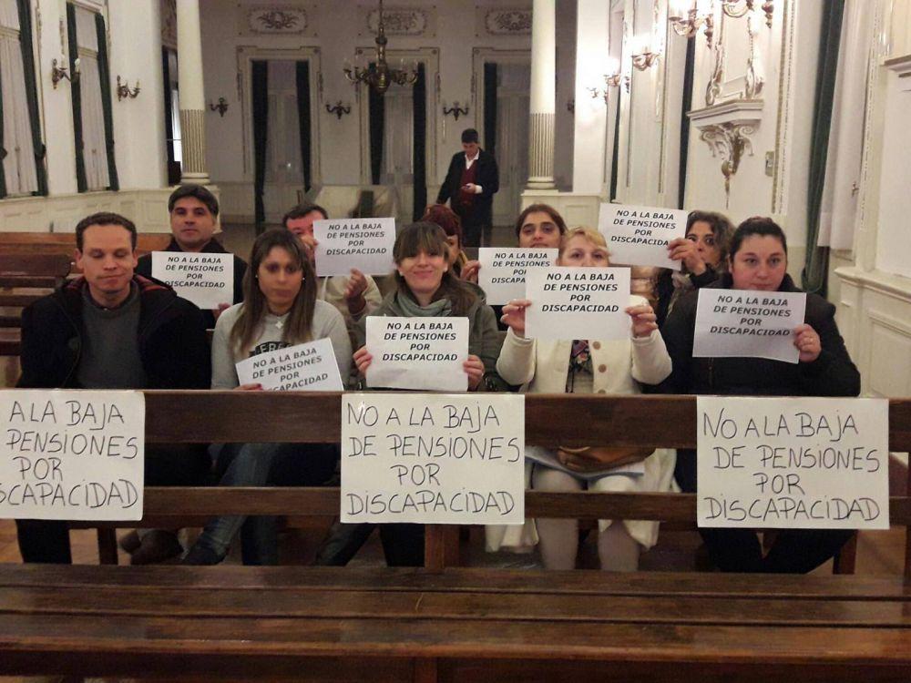Con el trasfondo del conflicto por pensiones, sesionó el Concejo Deliberante
