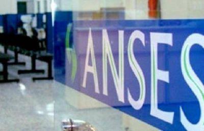 Empleados de ANSeS hacen paro este lunes
