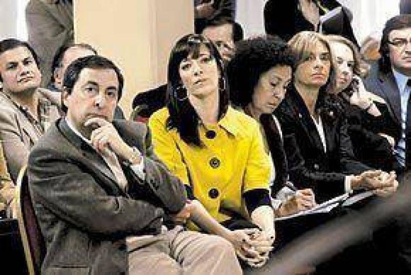 En Mendoza, la oposici�n ratific� que se revisar� la ley