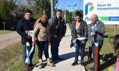 El Municipio inauguró obras de veredas en un barrio de Pilar
