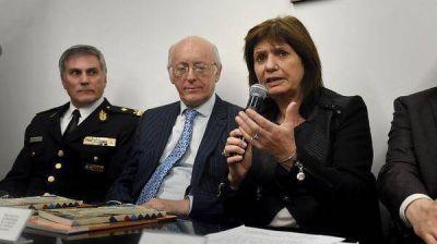 La DAIA reconoció al Ministerio de Seguridad y a la Policía Federal por el hallazgo de piezas con símbolos nazis