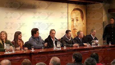 """Rubricaron la adhesión de los PJ distritales al frente """"Unidad Ciudadana"""""""