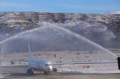 Andes llegó a Bariloche con su nuevo Boeing 737-800