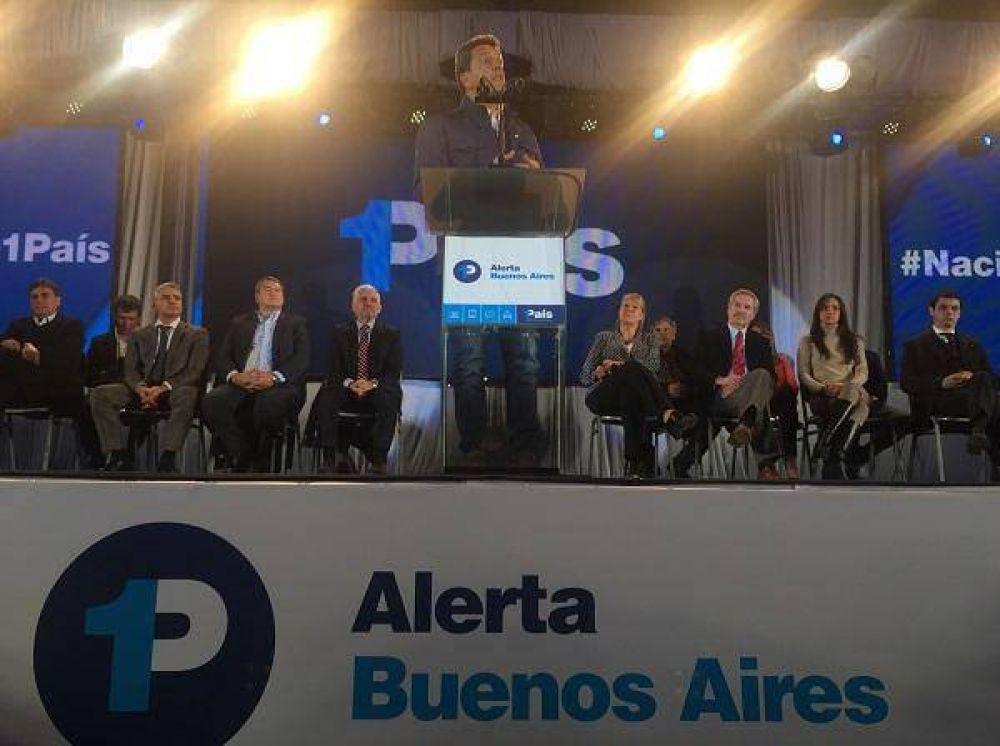 """Massa y Stolbizer presentaron """"Alerta Buenos Aires"""" en San Martín"""