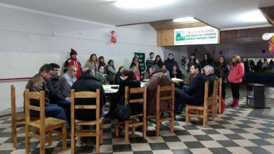 [#Abandono] Concejales sesionaron en Camet por la apertura del Polideportivo