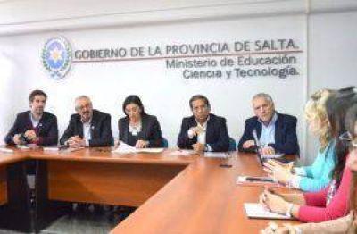 """Agua Potable de Jujuy tendrá un laboratorio móvil en zonas rurales para analizar muestras de agua """"in situ"""""""