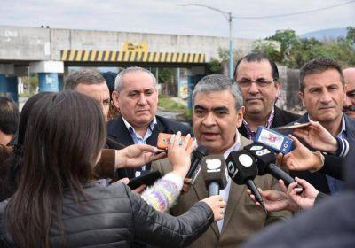 """""""El gobernador nos maltrata"""", arremetió Alfaro"""